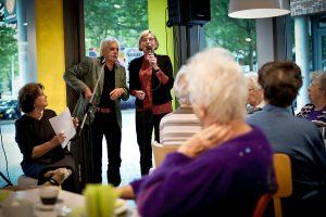 Jan Siebelink en Ina van Klaveren tijdens de Nationale Voorleeslunch in Deventer (c) Rosa van Ederen