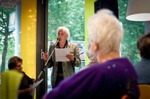 Jan Siebelink tijdens de Nationale Voorleeslunch in Deventer (c) Rosa van Ederen